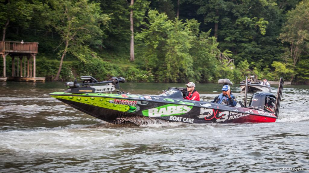 Lake chickamauga day 1 coverage flw fishing articles for Chickamauga fishing report