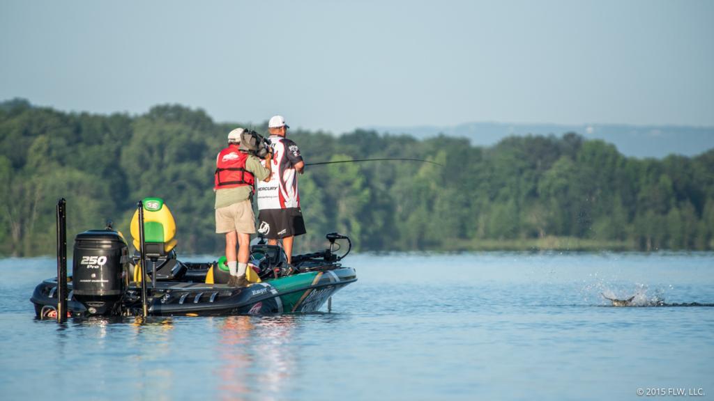 Lake chickamauga day 4 coverage flw fishing articles for Chickamauga lake fishing