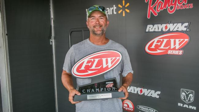 /news/2015-08-15-lieblong-wins-rayovac-flw-series-central-division-finale-on-lake-dardanelle-presented-by-mercury