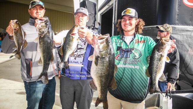 /tips/2016-01-22-high-school-fishing-makes-the-grade