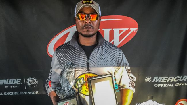 Co-angler Jeffery Conway of Mineral Springs, Ark., won the March 5 Arkie Division event on Lake Ouachita with a 14-pound, 8-ounce limit to earn over $2,400 in prize money.