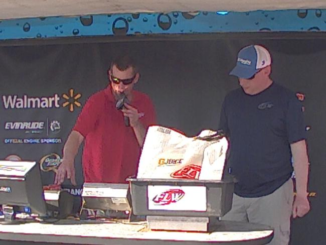 Flw fishing charles meredith angler profile for Walmart with live fish near me