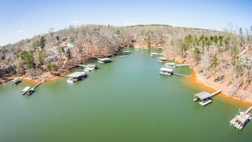 Key areas on lake hartwell flw fishing articles for Fishing lake hartwell