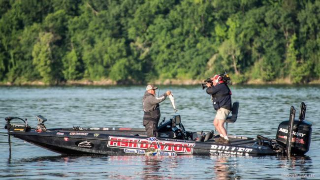 Pickwick lake day 3 coverage flw fishing articles for Gross reservoir fishing