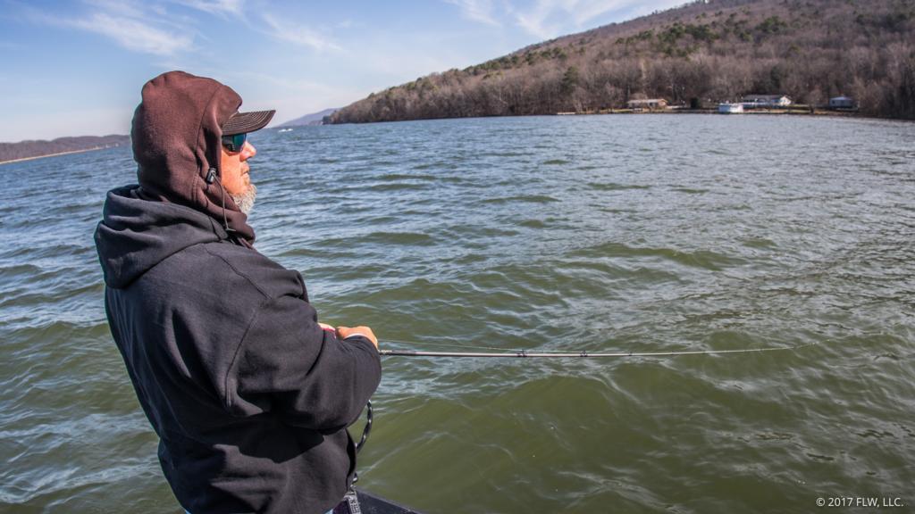 Riding with gross on guntersville flw fishing articles for Gross reservoir fishing