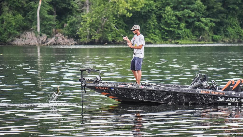 Potomac river day 3 coverage flw fishing articles for Potomac river fishing